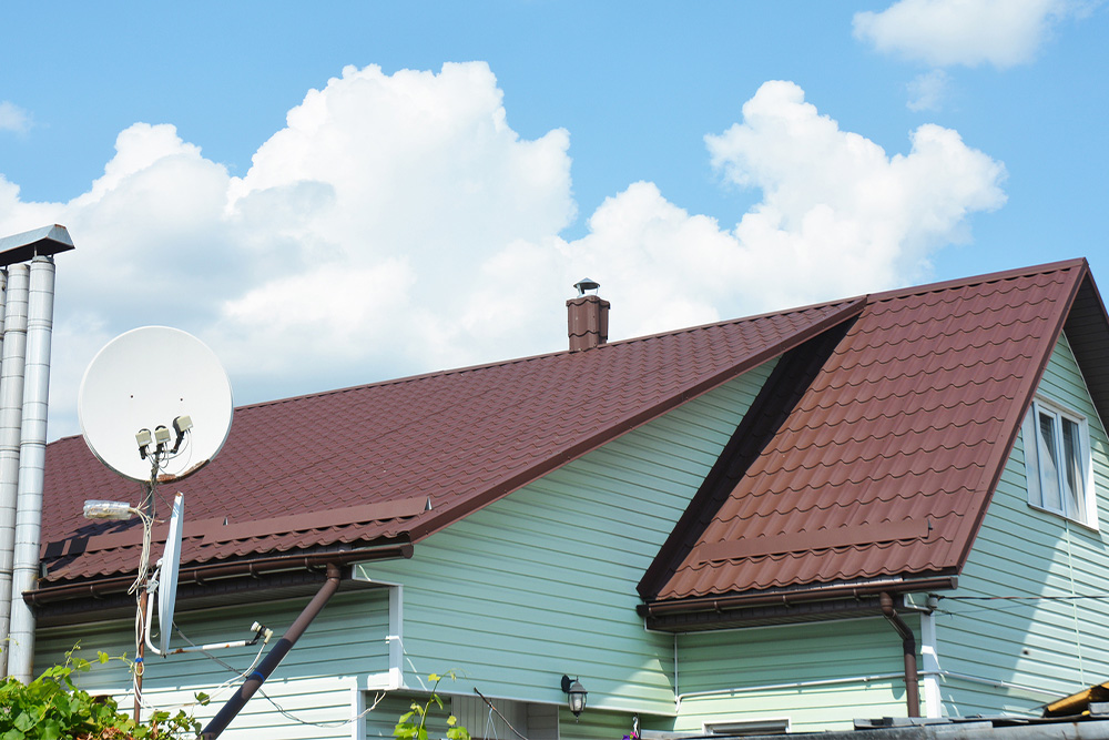 3 Benefits of Building a Hip Roof
